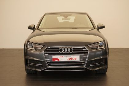 Audi A4 A4 2.0TDI S line edition 150