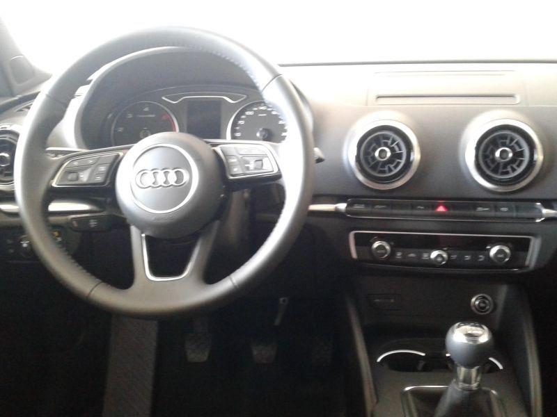 Audi A3 Sportback 2.0TDI Black line Edition 150