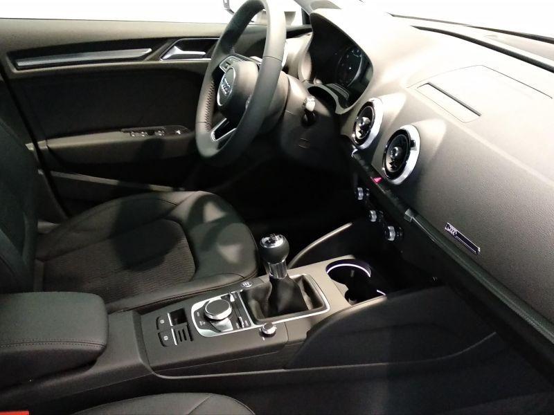 Audi A3 Sportback A3 SB 1.5 TFSI COD EVO Design Edition 150