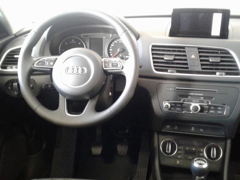 Audi Q3 2.0TDI Black line edition 150