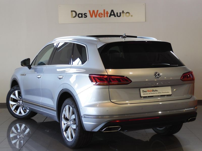 Volkswagen Touareg 3.0TDI V6 Premium Tiptronic 4Motion
