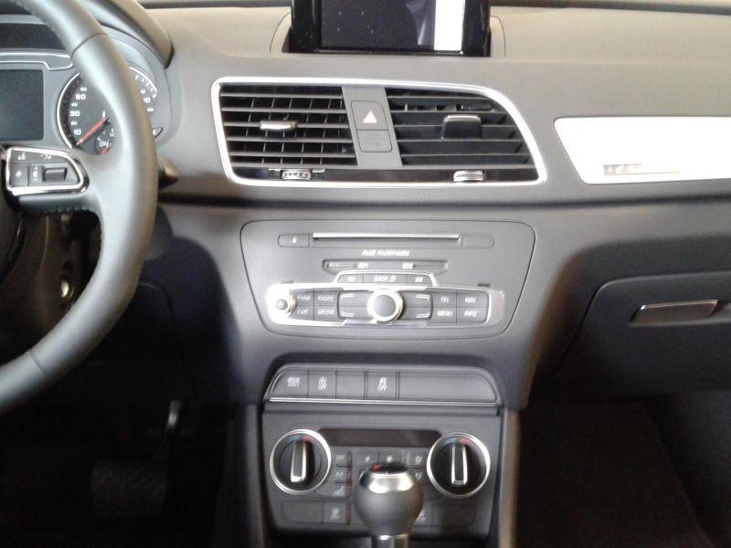 Audi Q3 2.0TDI Sport edition S tronic 150