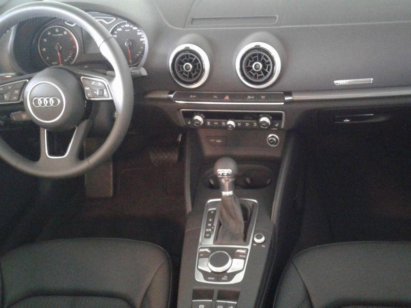 Audi A3 Cabrio 1.5 TFSI COD EVO Design S-T 150