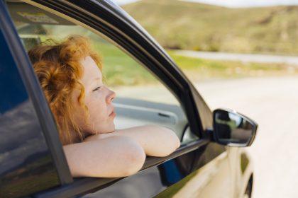 Razones por las que se puede multar a un pasajero en el coche
